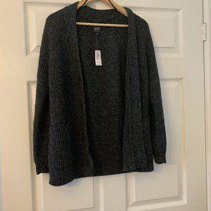 NWT GAP comfy oversized knit cardigan  Size xs